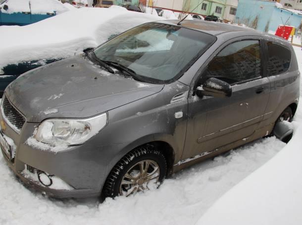Продам Chevrolet Aveo 2010г 1,2 механика, 3 двери , фотография 2