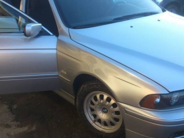 BMW 5 серия 2000 год, фотография 2