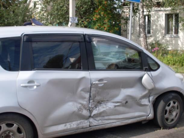Продам Toyota Ractis 2008г, фотография 3