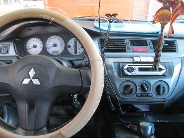 Продается автомобиль в отличном состоянии, фотография 3
