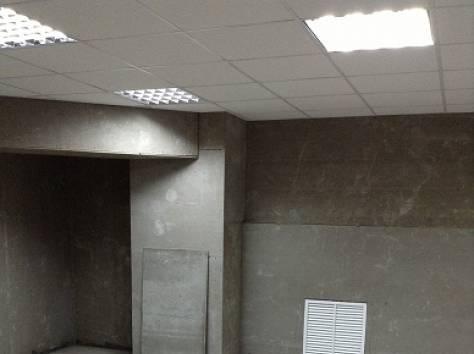 Продаю нежилое помещение с ремонтом, автозавод, цоколь, 74м, фотография 1