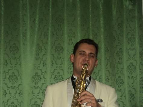 Саксофонист в Ресторан, фотография 2