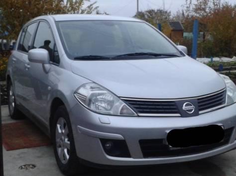Nissan Tiida, 2008 г., фотография 2