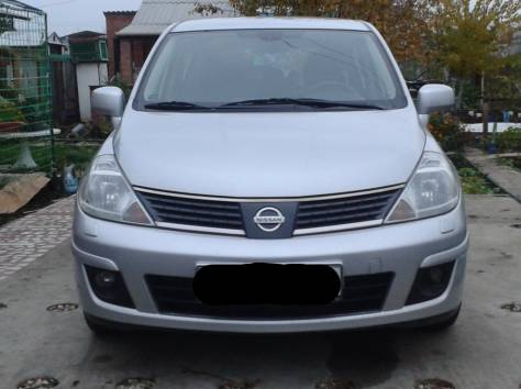 Nissan Tiida, 2008 г., фотография 3