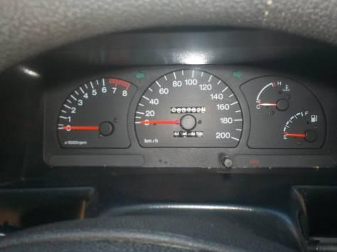 Продаю автомобиль Дэу Нексия 2008 год, фотография 6