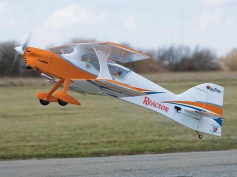 Радиоуправляемые модели самолетов, автомобилей, танков и катеров, фотография 1