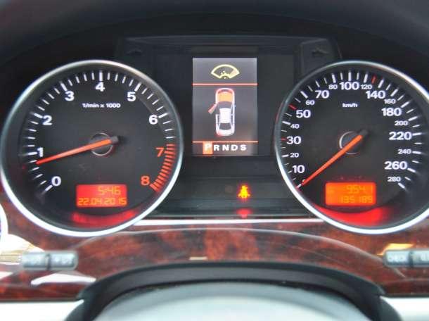 Audi A8, 2006, фотография 10