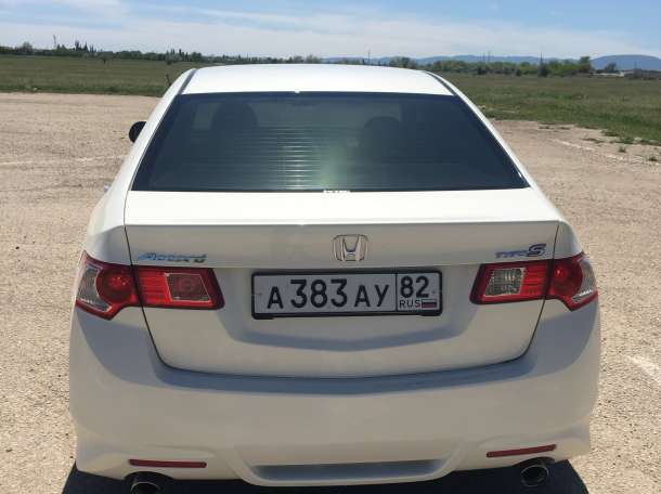 Продам Honda Accord, 2008 год, фотография 1