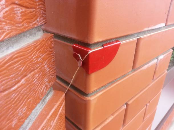 Уголок каменщика для натяжения шнур-причалка своими руками 64