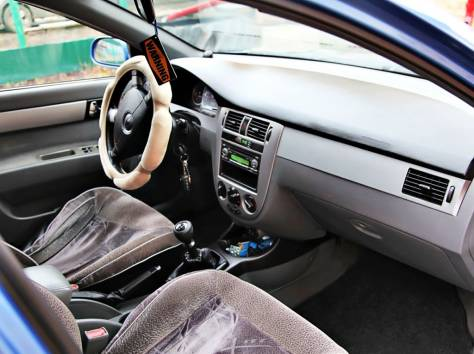 Chevrolet Lacetti (2008), фотография 3