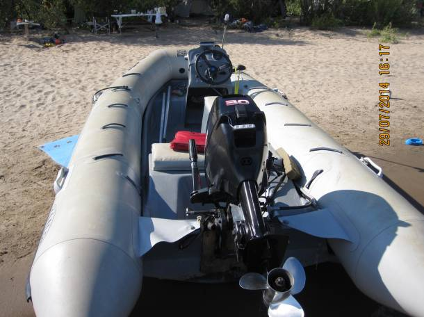Лодка RIB (РИБ) «Ладья» 4,8 метра с мотором «SUZUKI-DT30S» и  дистанционным рулевым управлением, фотография 4
