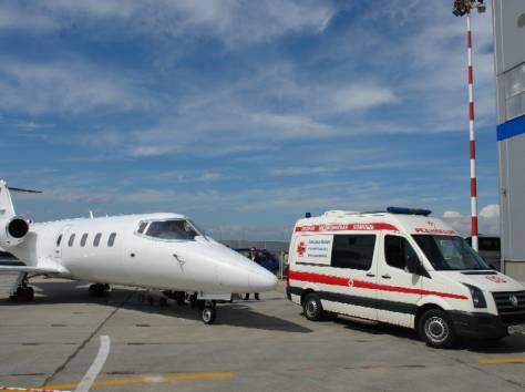 Аренда скорой помощи, перевозка лежачих больных и инвалидов, санитарные перевозки, фотография 1
