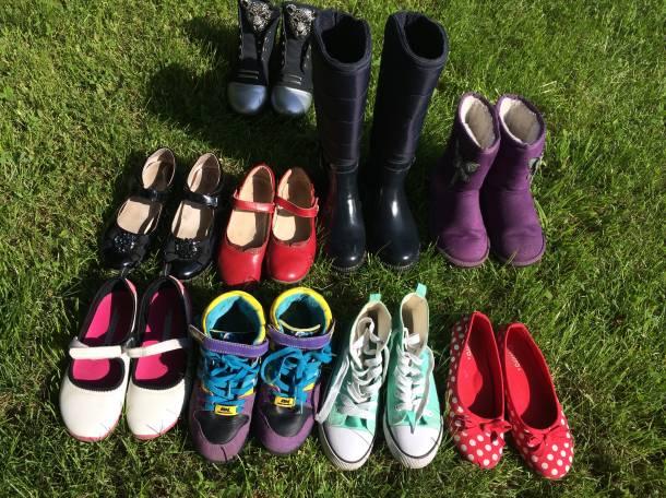 Продаю обувь в комплекте, фотография 1