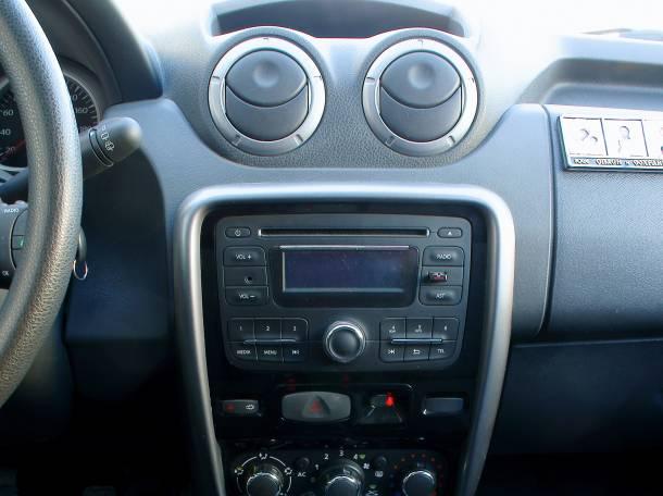 Рено Дастер 2013г., 1.6, 4WD, фотография 1