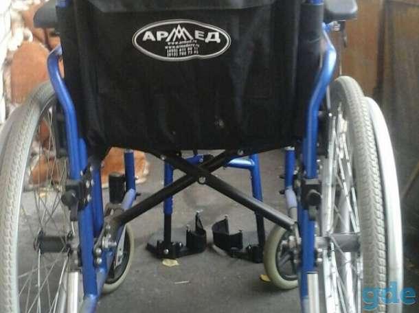 Инвалидное кресло и костыли, фотография 6