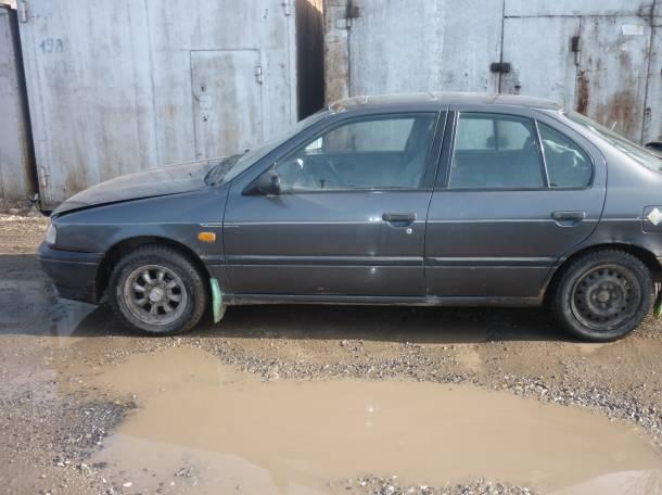 Срочно! Продам автомобиль Ниссан Примера 1993 Карбюраторная, фотография 1