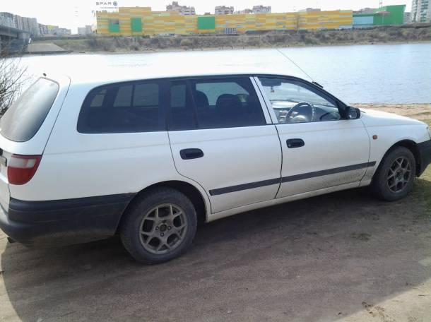 Продаю автомобиль Toyota Caldina 1995г, фотография 1