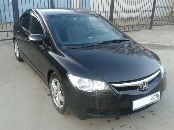 Продаю автомобиль Honda Civic 2007 года выпуска, фотография 3