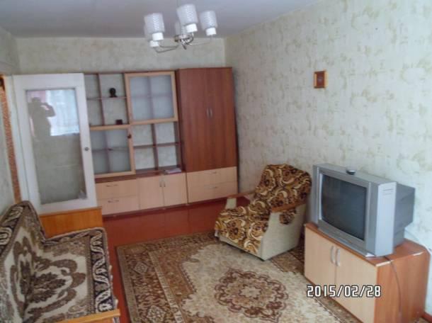 Сдаю 1-комнатную квартиру на длительный срок, ул.Героев Сибиряков, 40, фотография 1