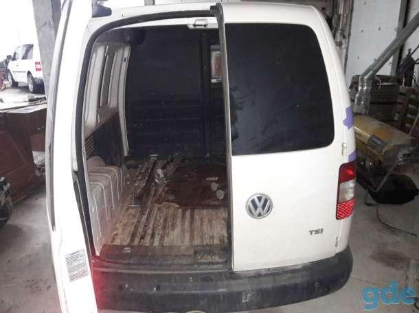 Volkswagen Caddy  2011 года., фотография 1