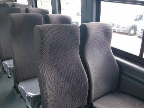 Микроавтобус Ивеко Дейли 2014 г., фотография 3