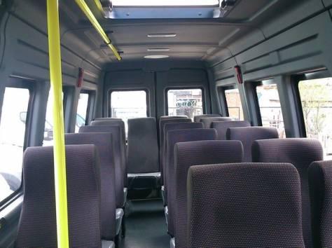 Микроавтобус Ивеко Дейли 2014 г., фотография 4