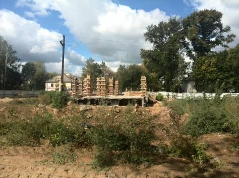 Земельный участок с объектом незавершенного строительства