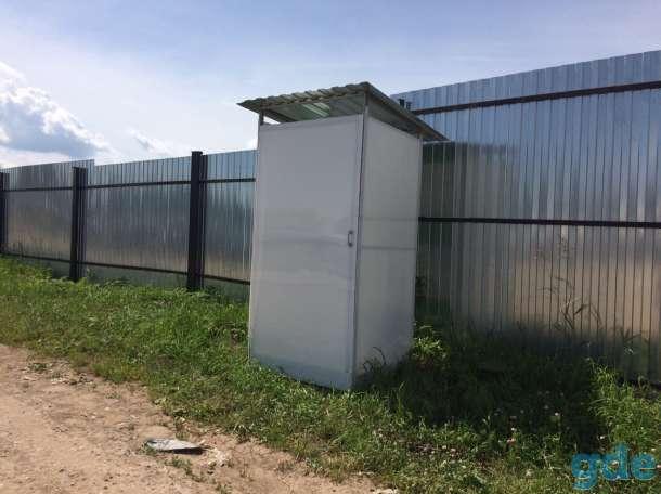 Туалет из поликарбоната с сиденьем и без, фотография 1