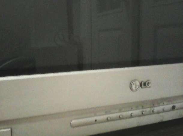 Телевизор LG, плоский экран, диагональ 72, продам, фотография 2