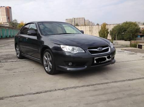 Subaru Legacy B4, фотография 2