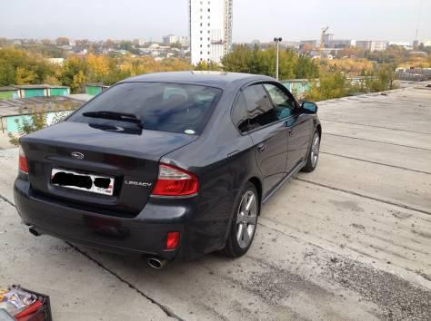 Subaru Legacy B4, фотография 12