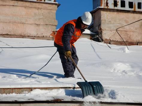 услуги по уборке снега с крыш, очистке кровли от снега, наледи и сосулек., фотография 2