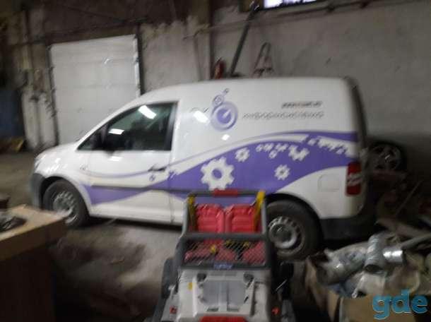 Volkswagen Caddy  2011 года., фотография 4