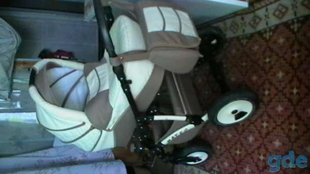 коляска, фотография 1