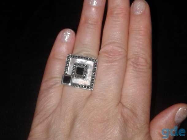Перстень с натуральным ониксом  и перламутром, фотография 4