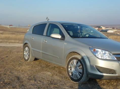 Продается автомобиль Opel Astra 2009 г.в. , фотография 3