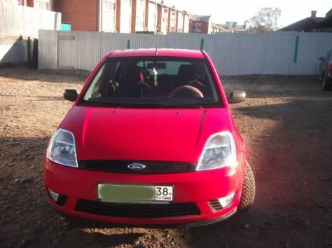 Ford Fiesta (хетч бэк) 2005 г, фотография 2