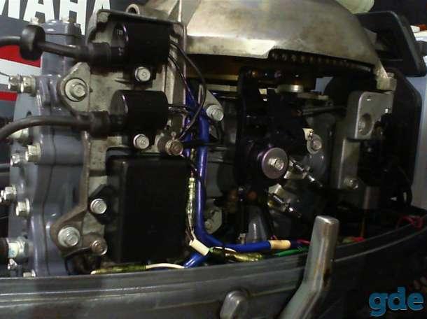 подвесной лодочный мотор Yamaha 30, фотография 2