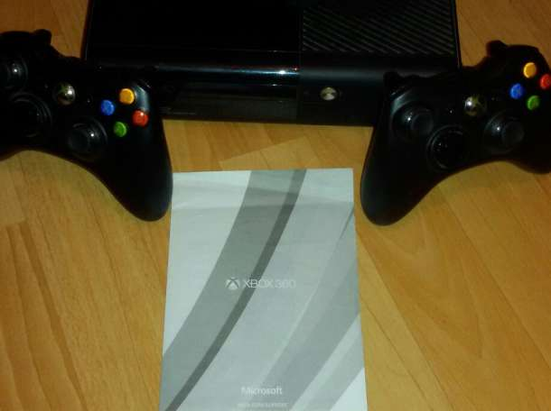 Xbox 360 E 250GB, фотография 1