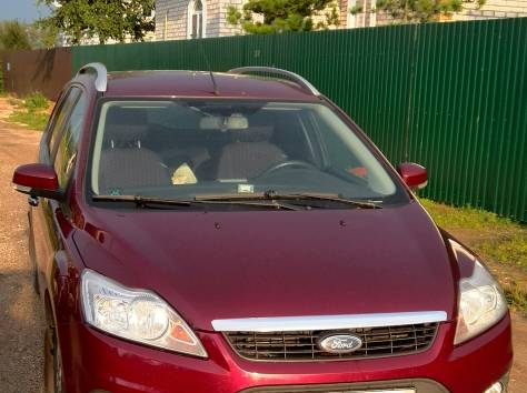 Продается семейный автомобиль, фотография 4