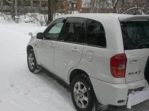 Toyota RAV-4 J, фотография 5