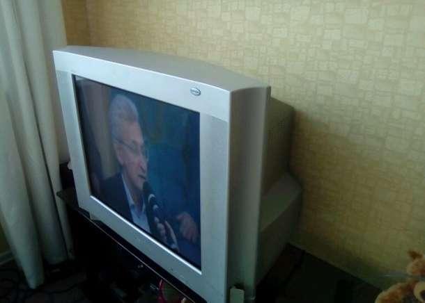 Продам ЭЛТ-телевизор с плоским экраном Sony KV-29CS60, фотография 3
