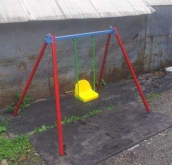 Детские качели во дворы на жесткой сцепке., фотография 5