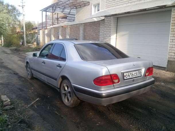 Срочно продаю авто, фотография 3