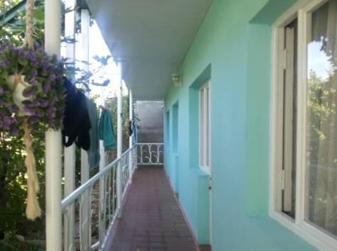 Минигостиница 120 м.кв. на участке 4.66 сот. в Кабардинке Геленджика, ДК, фотография 1