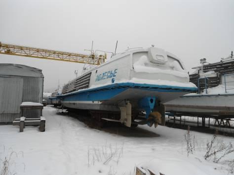Теплоходы на подводных крыльях Полесье, фотография 1