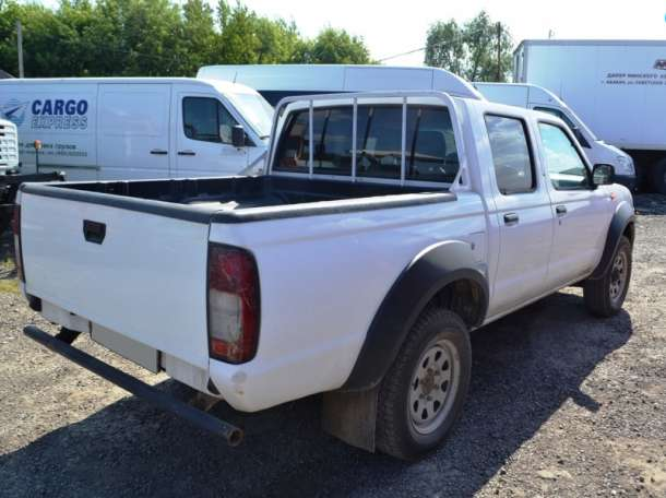 продам грузовик нисан бортовой, фотография 3