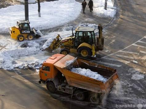 Уборка снега. Уборка снега с крыш. Вывоз снега., фотография 1