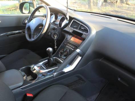 Продам автомобиль Peugeot 3008, фотография 6