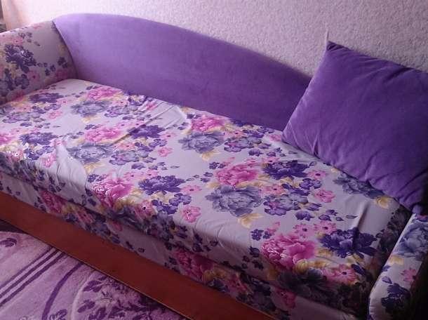 диван, фотография 1